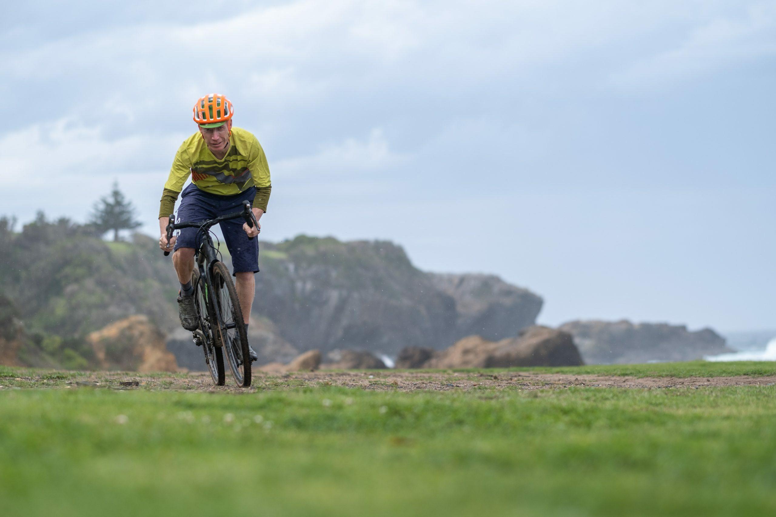 Gravel cycling along the Eurobodella coastline