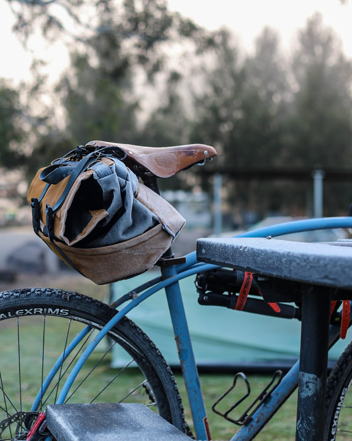 Frosty bikepacking bike the morning after Swift Campout