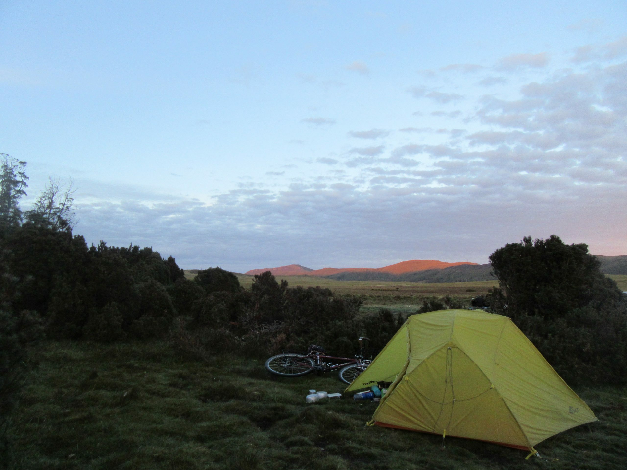 Cold camp in the Vale of Belvoir